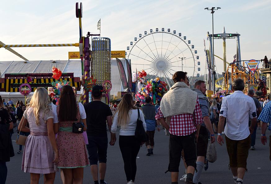 Wasen-Time 2019: So lief der erste Tag auf dem Cannstatter Volksfest 2019 auf dem Cannstatter Wasen in Stuttgart (Foto: STUGGI.TV)