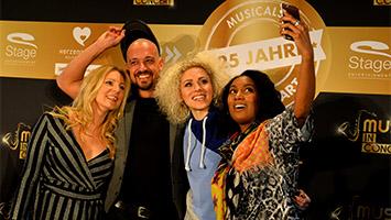Die Musicals in Stuttgart feiern 25 Jahre Jubiläum mit Musicals in Concert. Wir haben die Musical-Stars wie Cassandra Steen und Max Mutzke vor Ort interviewt. (Foto: Stage Entertainment/Ben Pakalski)