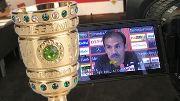 Jos Luhukay zum VfB-Pokalspiel gegen Homburg. Foto: Rau, Bearbeitung: Goes, STUGGI.TV