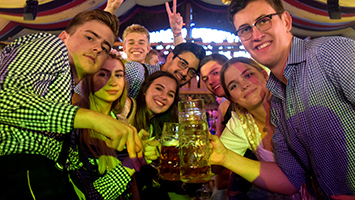 Fotostrecke vom letzten Volksfest-Tag im Wasenwirt (Foto: STUGGI.TV)
