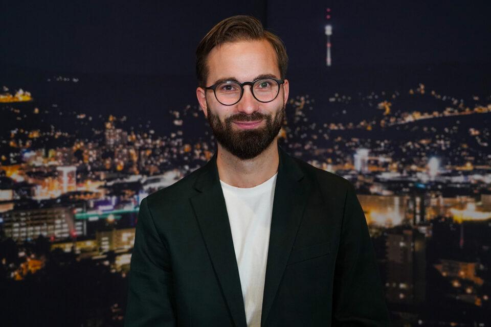 """SPD-Kandidat & Lehrer Carsten Singer: """"Note 6 für die Schulpolitik von Eisenmann"""""""
