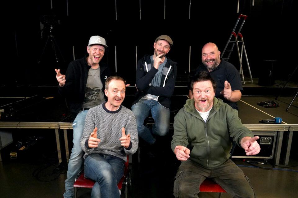 """""""Das Publikum fehlt enorm"""": Die Füenf im Video-Interview"""