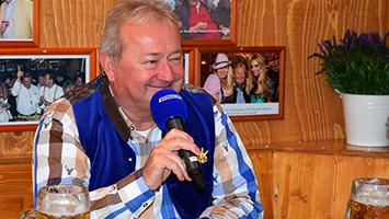 Wasenwirt Hans-Peter Grandl im Interview. Foto: Goes/STUGGI.TV