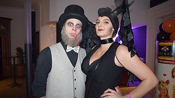 Schauriger Besuch auf der Halloween-Party im SI-Centrum. Foto: Plapp/STUGGI.TV