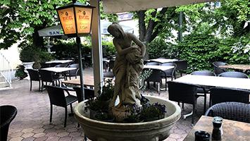 Das Restaurant Ilysia am Bubenbad lockt mit griechischen Speisen nach Stuttgart-Ost (Foto: STUGGI.TV)
