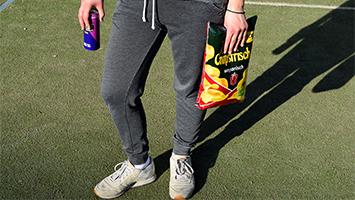 Jogginghosen-Verbot in Schulen: Richtig oder übertrieben? (Foto: STUGGI.TV)