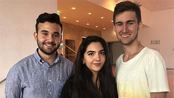 Die drei neu gewählten Sprecher für den Jugendrat Stuttgart Firat Yurdukul, Gözdem Göksu und Semir Duman (Foto: STUGGI.TV/Rau).