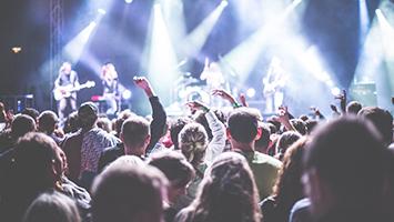 Stuttgart bekommt sein eigenes Festival. Wir haben für euch das neue Kessel Festival gecheckt. (Foto: Kessel Festival GmbH)