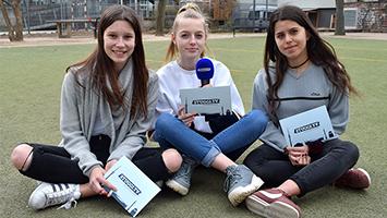 Kommunalwahl 2019: Jugendliche und ihre Wünsche an die Politik vor der Haustür. 14 Mädchen waren im Rahmen des Girls Day bei STUGGI.TV zu Gast. (Foto: STUGGI.TV)