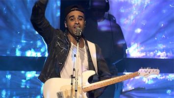 Reggae-Star Patrice auf der Bühne - und später bei uns im Interview. Foto: STUGGI.TV/Goes