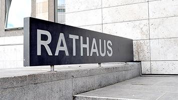 Im Stuttgarter Rathaus wurden heute die ersten Ergebnisse zur Kommunalwahl 2019 bekanntgegeben (Foto: STUGGI.TV)