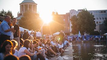 Für wen lohnt sich das Stuttgarter Sommerfest in der Innenstadt? Unsere Redakteurin hat für euch den Event-Check gemacht. (Foto: in.Stuttgart/Stollberg)