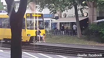 Stadtbahn-Surfer (Fotoquelle: Facebook)