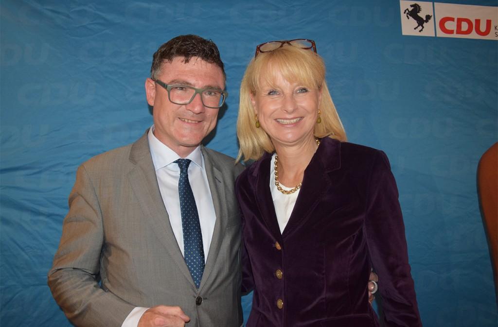 Stefan Kaufmann und Karin Maag feiern den CDU-Wahlerfolg in Stuttgart. (Foto: STUGGI.TV/Bachmann)