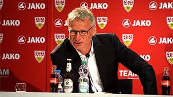 VfB-Sportvorstand Michael Reschke auf der Pressekonferenz des VfB Stuttgart. (Foto: STUGGI.TV)