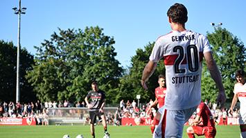 Trainingsauftakt des VfB Stuttgart mit Trainer Jos Luhukay. Foto: Goes/STUGGI.TV