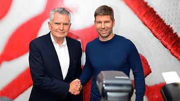 VfB-Präsident Wolfgang Dietrich bei der Vorstellung von Thomas Hitzlsperger als Sportvorstand beim VfB Stuttgart (Foto: STUGGI.TV)