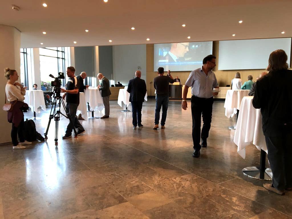Live aus dem Rathaus Stuttgart die Ergebnisse zur Bundestagswahl 2017 (Foto: STUGGI.TV)