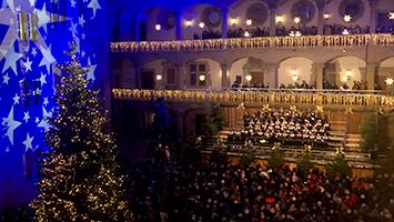 Am Mittwochabend wurde der Stuttgarter Weihnachtsmarkt 2018 eröffnet. (Foto: STUGGI.TV)