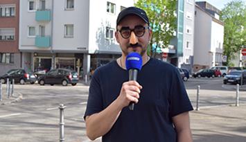 """Wir haben den Erfinder der """"Vong""""- Sprache Willy Nachdenklich zum Interview getroffen (Fotos: STUGGI.TV)"""