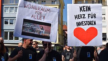 Wohnungsmangel: 400 Demonstranten protestieren gegen Leerstand in Stuttgart. Organisiert vom Aktionsbündnis Wohnen in Stuttgart. Foto: STUGGI.TV