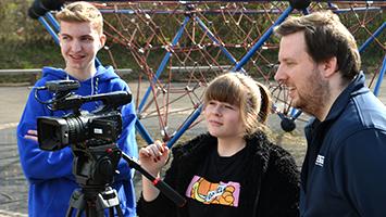 TV-Workshop bei STUGGI.TV: Entdecke die Gläserne Redaktion auf dem ITFS (Fotos: STUGGI.TV)