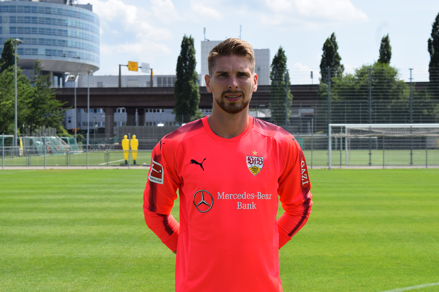 Zieler_Ron-Robert_16_Portrait_Foto_STUGGITV_Goes