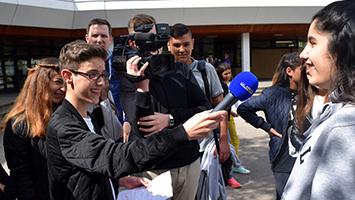 Das sagen die Schüler der Theodor-Heuss-Werkrealschule zum Thema Pranks. Foto: Goes/STUGGI.TV